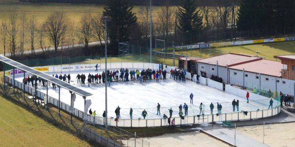 TUS St. Peter II sichert sich den Sieg beim 4. Eisstockschießen der Vereine