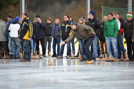 Eisstockturnier aller Vereine aus der Umgebung